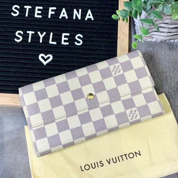 Louis Vuitton Handbags - Louis Vuitton Porte Tresor International Wallet